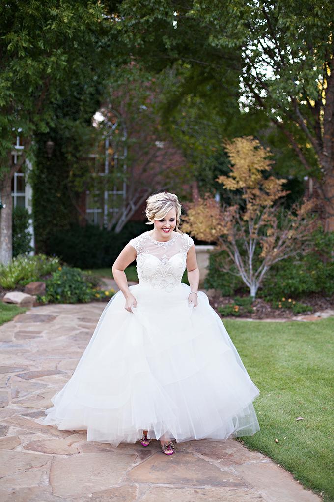 glam garden bridal session | Kristen Edwards Photography | Glamour & Grace