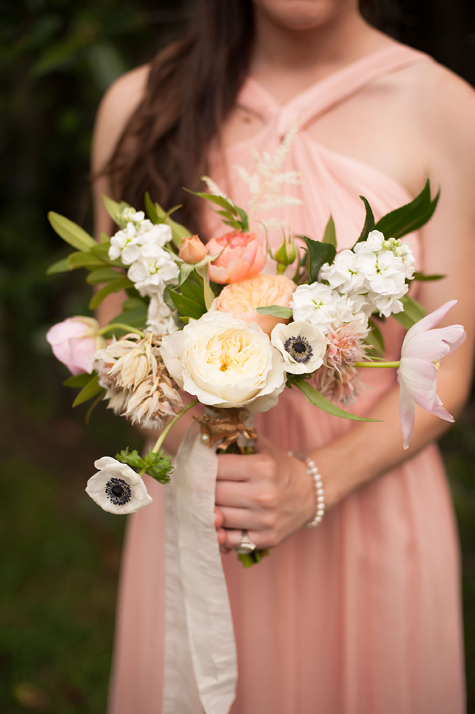 bridesmaid bouquet | Stephanie A Smith Photography | Glamour & Grace