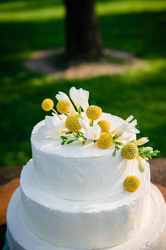 white and yellow cake | Natural Intuition Photography | Glamour & Grace