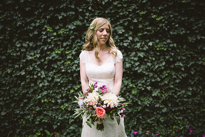 Philadelphia garden wedding | Peach Plum Pear Photo | Glamour & Grace