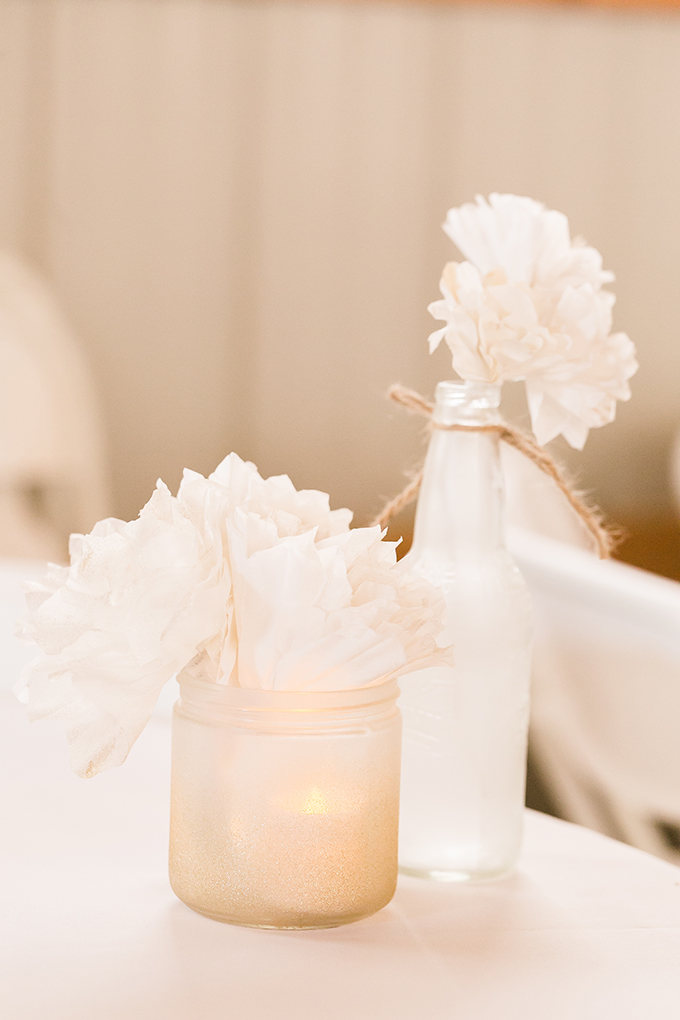 white rustic centerpieces | Heather Chipps Photography | Glamour & Grace