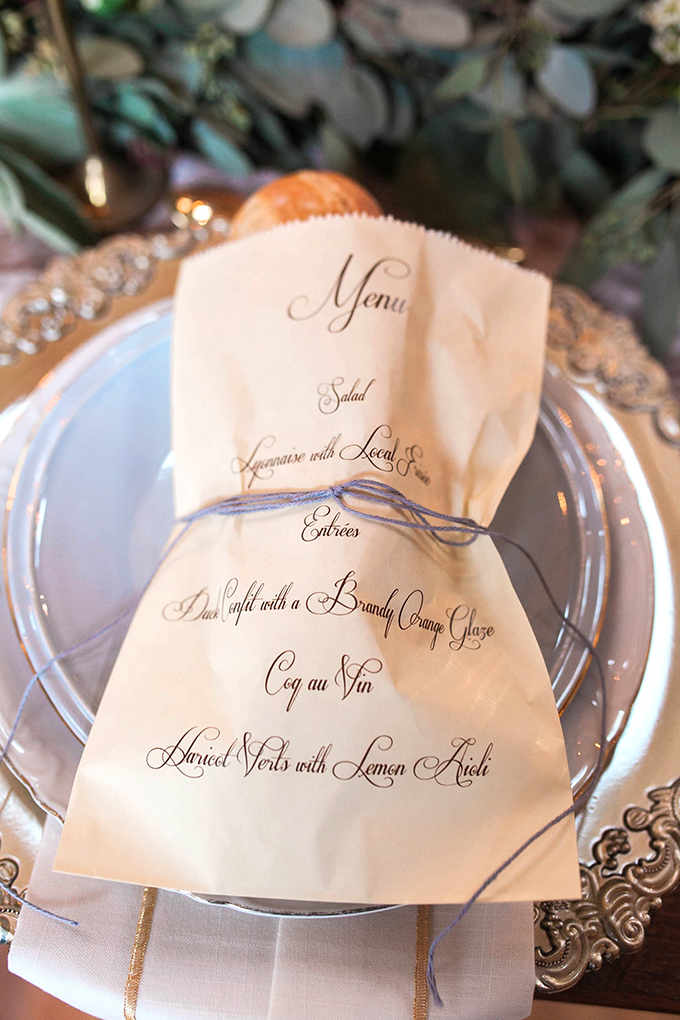 bread loaf place setting | Bridget Rochelle Photography | Glamour & Grace