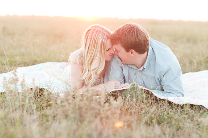 summer Florida engagement session | Esther Louise Photography | Glamour & Grace