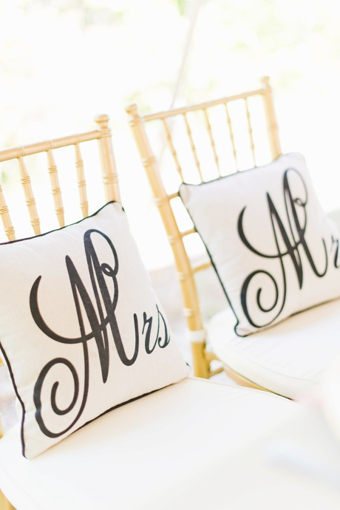 Mr and Mrs pillows | Kate Supa Photography  | Glamour & Grace