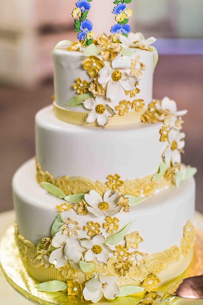 vintage cake | Blueberry Photography | Glamour & Grace
