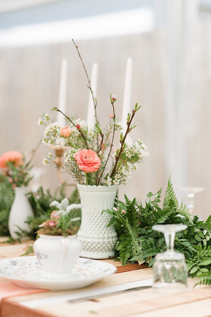 peach centerpieces | Christina Forbes Photography | Glamour & Grace