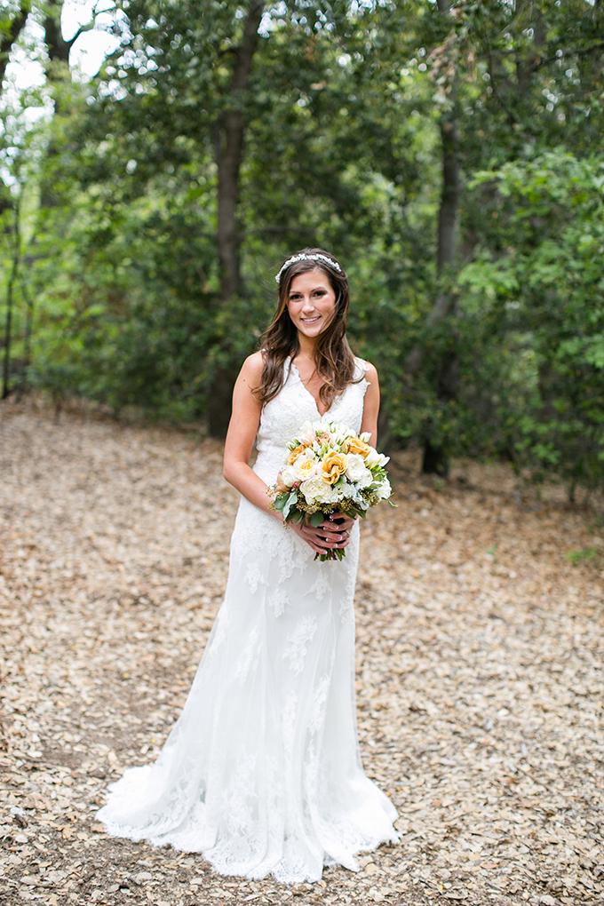 handmade lakeside wedding   Anna Marks Photography   Glamour & Grace