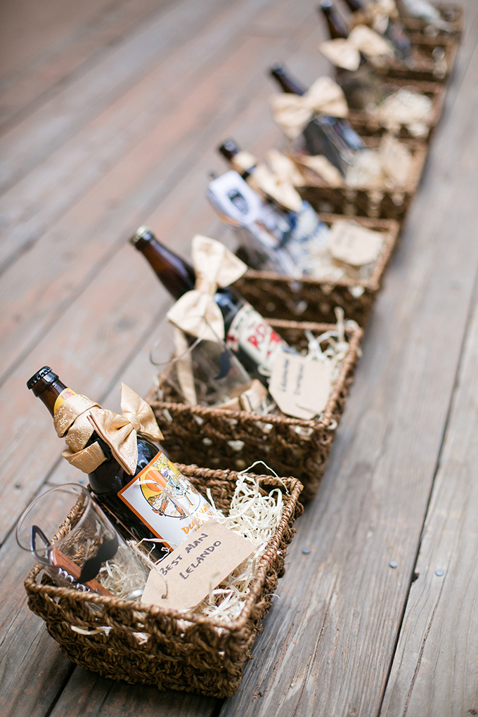 groomsmen gifts   Anna Marks Photography   Glamour & Grace