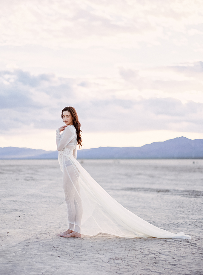romantic desert boudoir | Milton Photography | Glamour & Grace