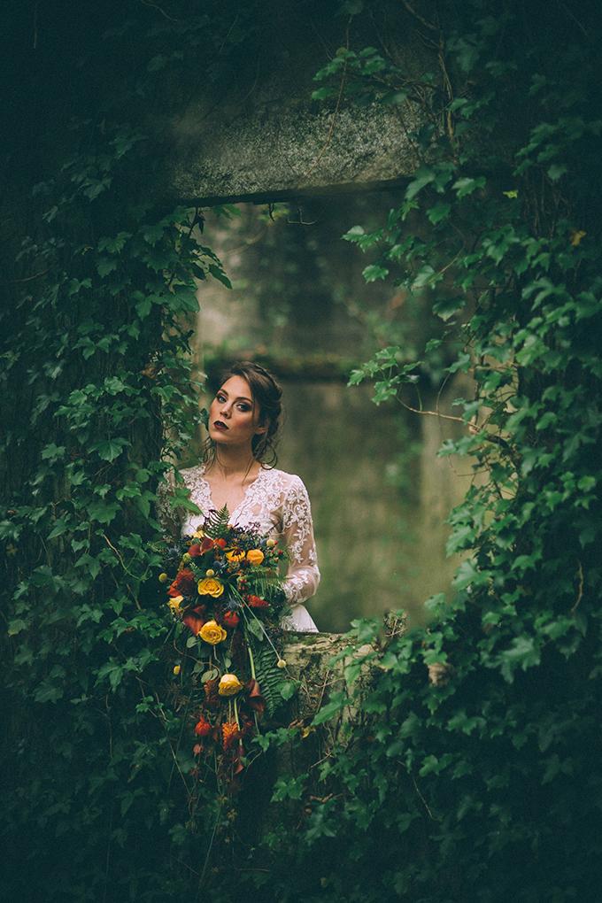 dramatic fall bridal portraits | Enchanted Brides | Glamour & Grace