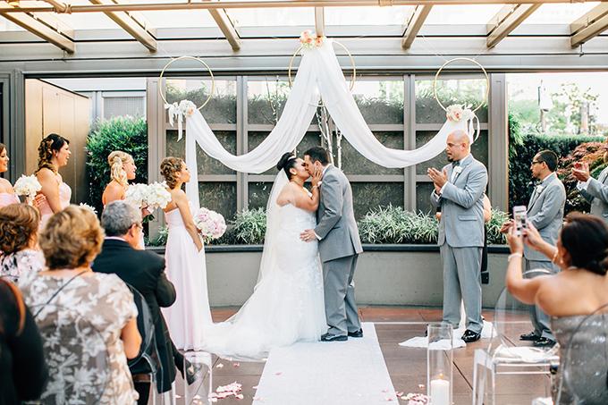 whimsical glam gold wedding | Lora Grady Photography | Glamour & Grace