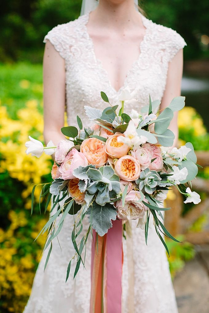 best bouquets of 2015 | Michele Shore Photography | Glamour & Grace