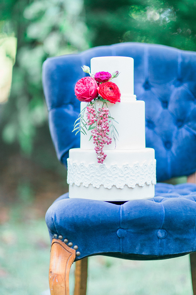 romantic white cake | Mikaela Marie Photography | Glamour & Grace