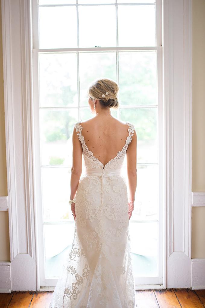blush spring garden wedding | Eliza Morrill Photography | Glamour & Grace