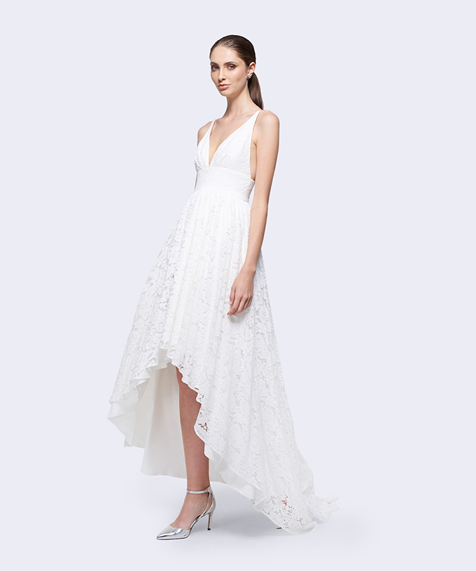 chic wedding dresses under $300 | Fame & Partners | Glamour & Grace