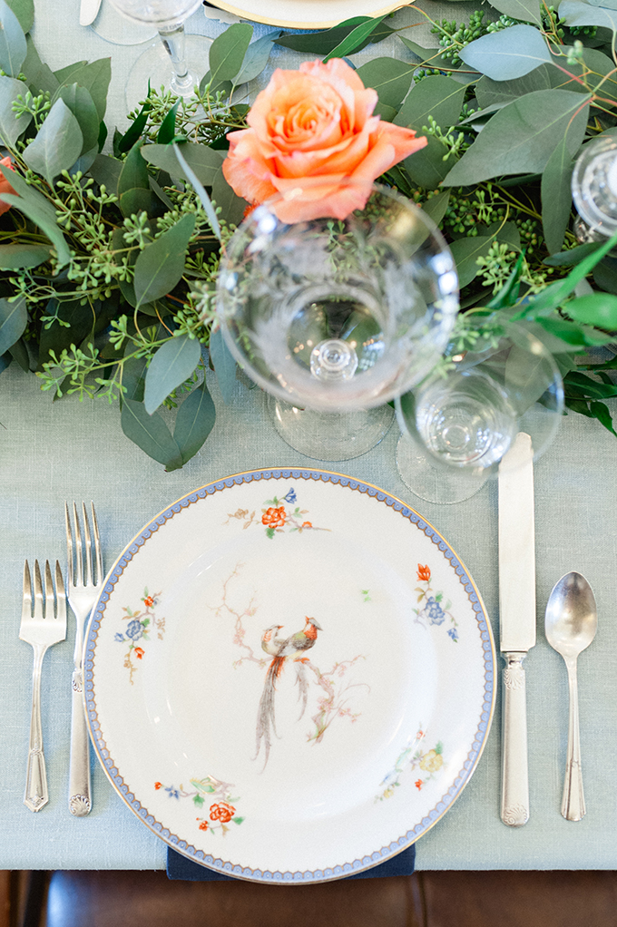 heirloom china place setting | Roots of Life Photography | Glamour & Grace