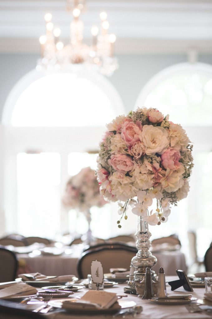 blush vintage glam wedding | Jessica Lee Photography | Glamour & Grace