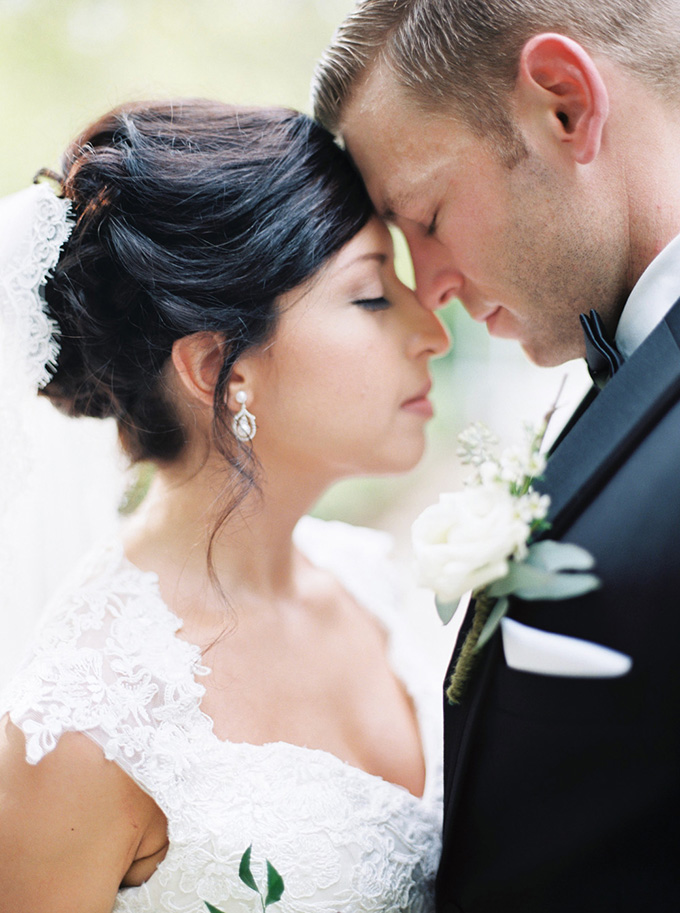 sweet and romantic wedding | Noi Tran Photography | Glamour & Grace