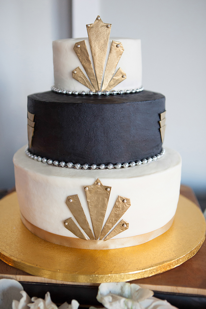 art deco cake | Mikkel Paige Photography | Glamour & Grace