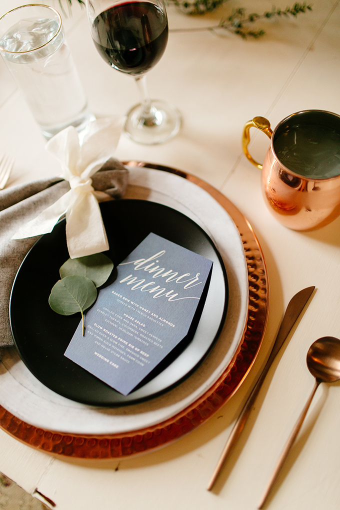modern copper place setting | Leah Fontaine Photography | Glamour & Grace