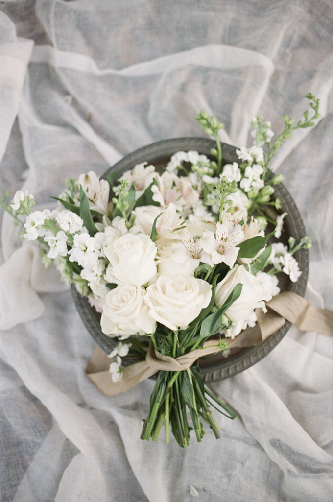 romantic white bouquet | Christine Gosch | Glamour & Grace
