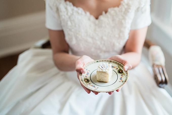 heirloom bridal portraits | Joslyn Holtfort | Glamour & Grace