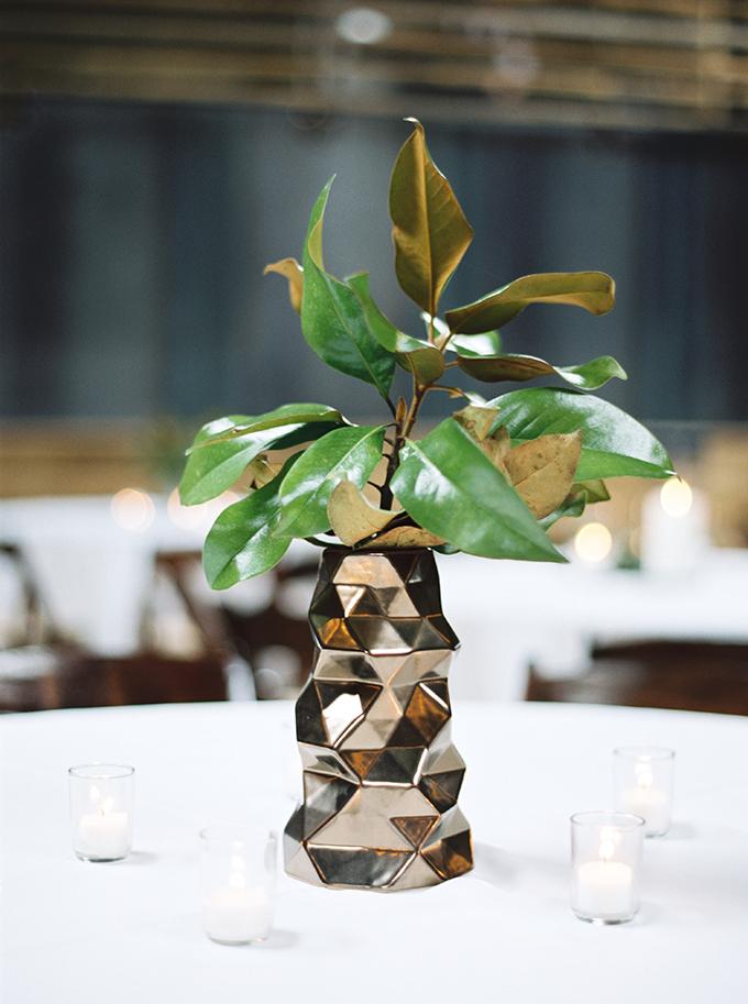 magnolia leaf centerpieces | JoPhoto | Glamour & Grace