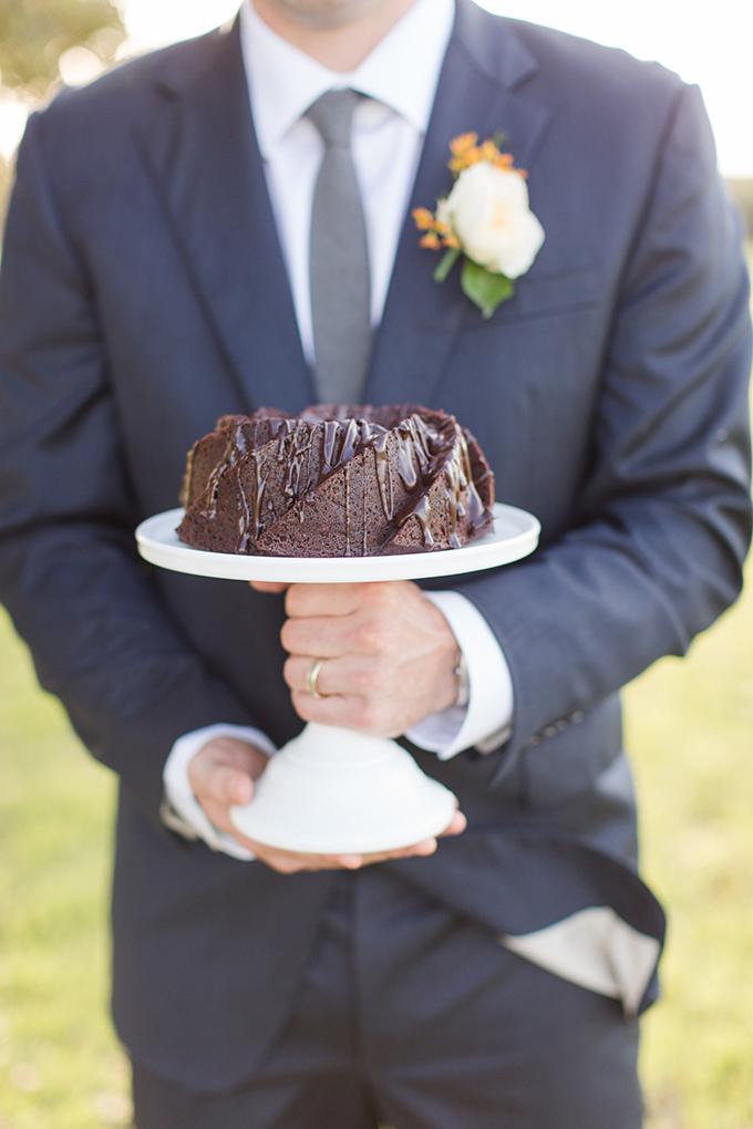 vintage farm wedding inspiration | Meggie Taylor | Glamour & Grace