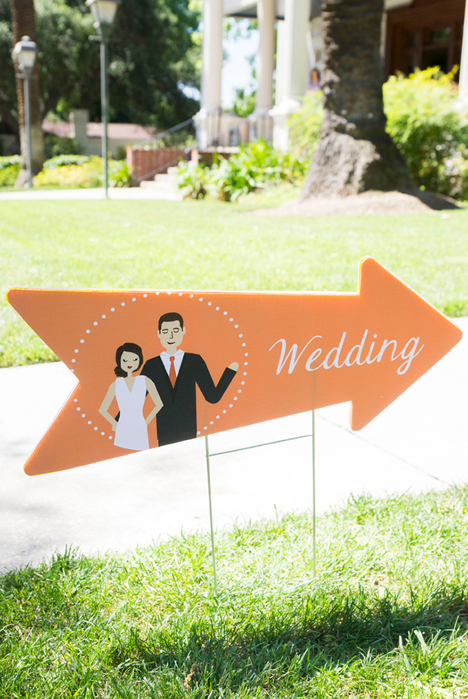 cute wedding signage | Peterson Design & Photography | Glamour & Grace