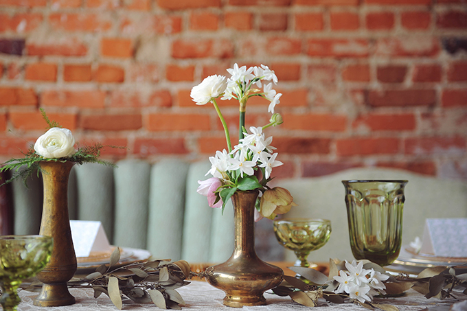 vintage mint and gold wedding inspiration | Sarah Morrel Photography | Glamour & Grace