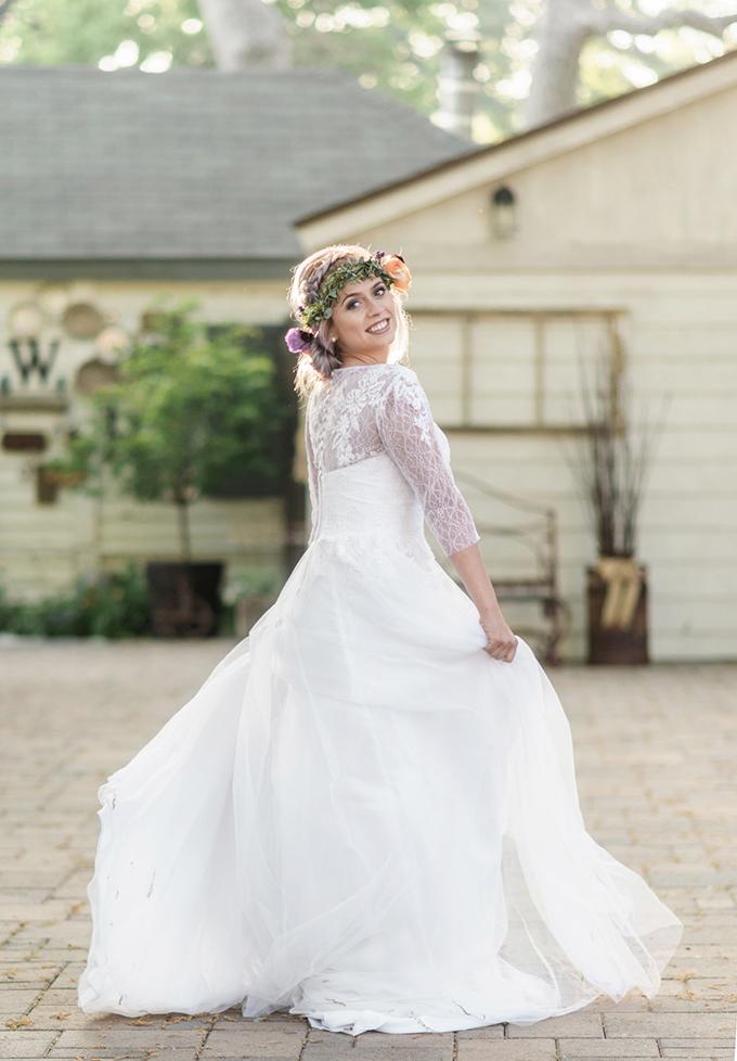 romantic lavender wedding inspiration | Carrie Vines Photography | Glamour & Grace