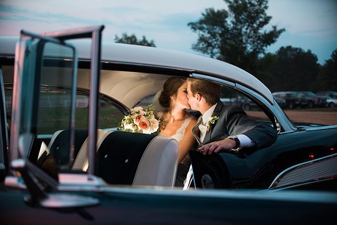 elegant cliffside Southern wedding   Cotton & Clover Photography   Glamour & Grace-47