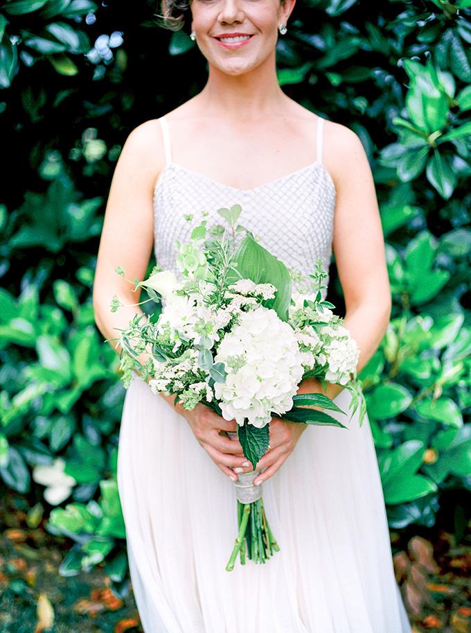 blush barn wedding | Michelle Lea Photographie | Glamour & Grace