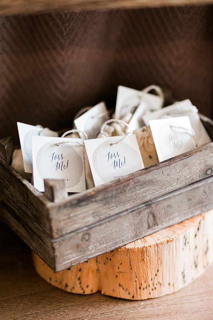 handmade mountain wedding inspiration   Angela Cardenas Photography   Glamour & Grace-20