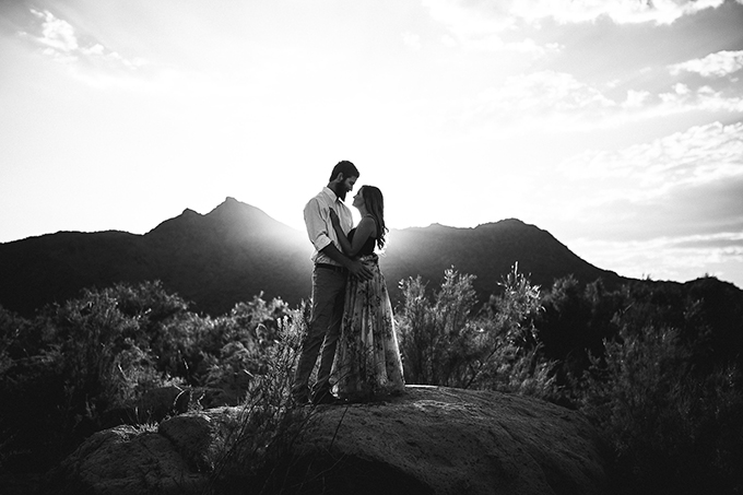 romantic desert engagement | Beginning and End Photography | Glamour & Grace-02