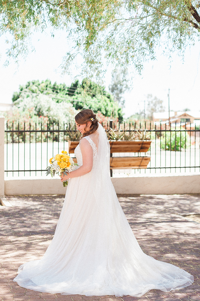 colorful lemon orchard wedding | April Maura Photography | Glamour & Grace-05