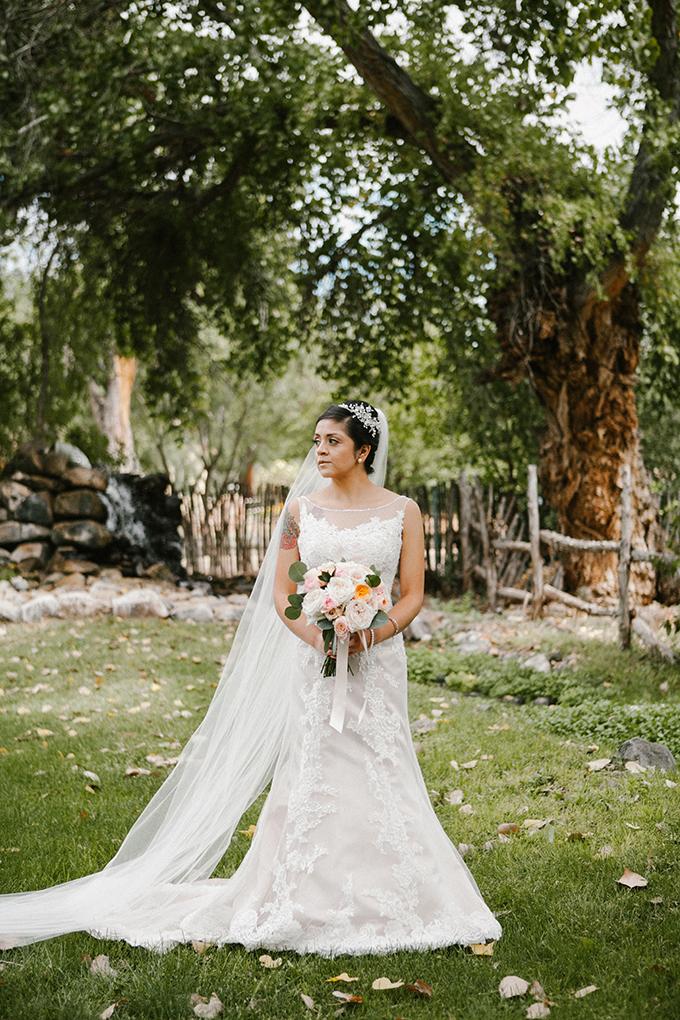 intimate lodge wedding | Jay & Jess Photography | Glamour & Grace-03