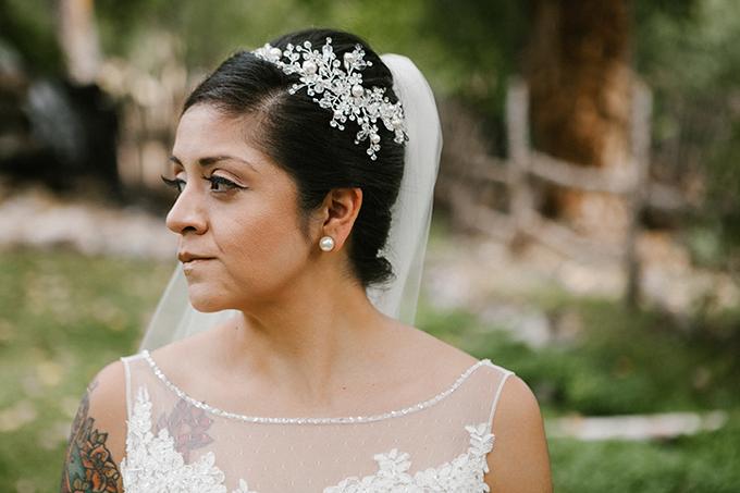 intimate lodge wedding | Jay & Jess Photography | Glamour & Grace-04