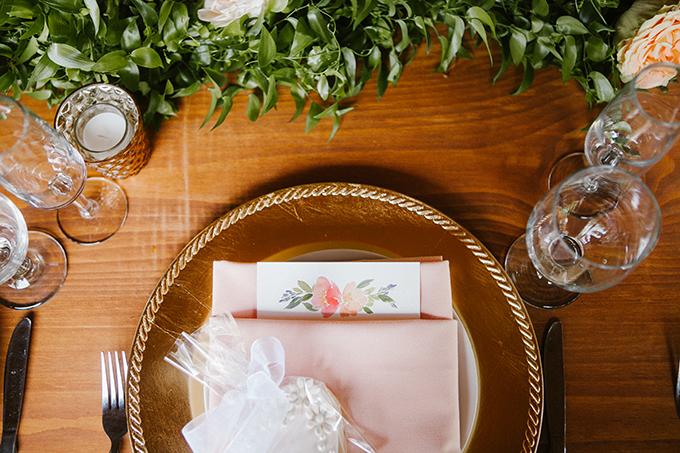 intimate lodge wedding   Jay & Jess Photography   Glamour & Grace-26