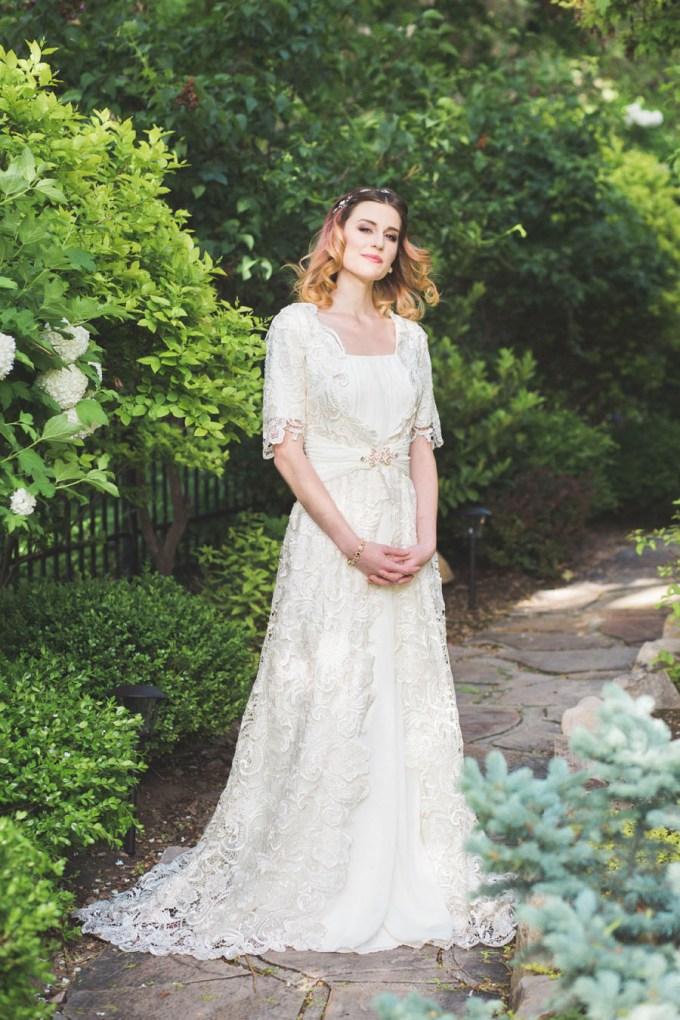 vintage springtime wedding inspiration | Todd Collins Photography | Glamour & Grace-04