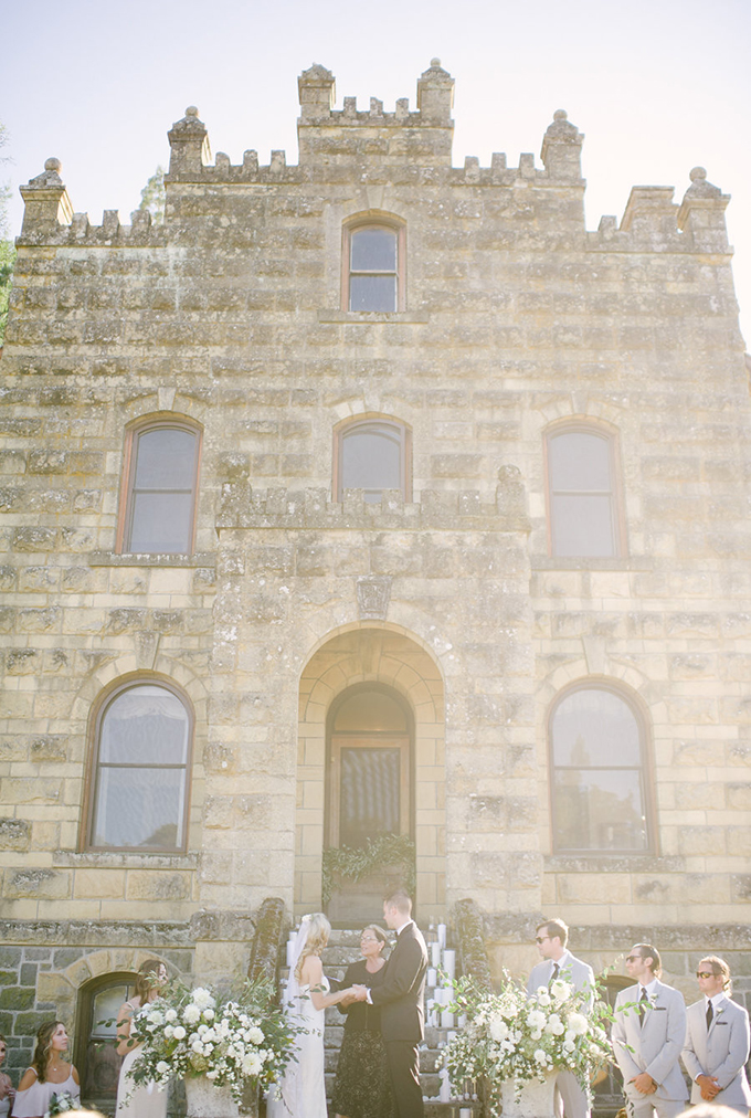 romantic Napa Valley estate wedding | Jordan Weiland Photography | Glamour & Grace-15