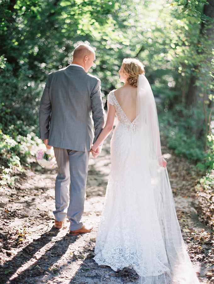 romantic candlelit wedding | Ashley Crawford Photography | Glamour & Grace-19