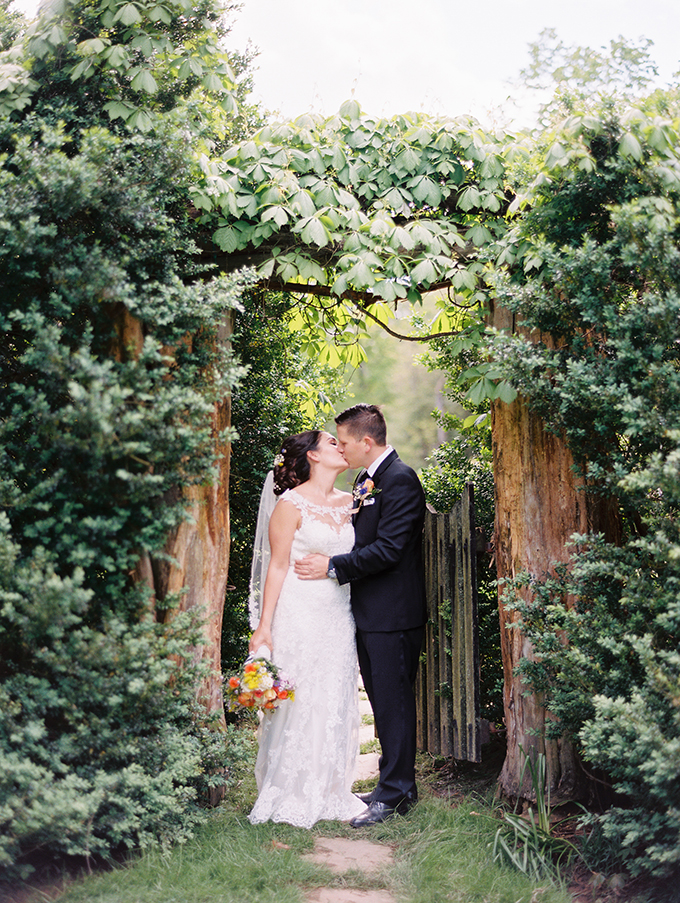 romantic summer estate wedding | Unique2Chic Photography | Glamour & Grace-20