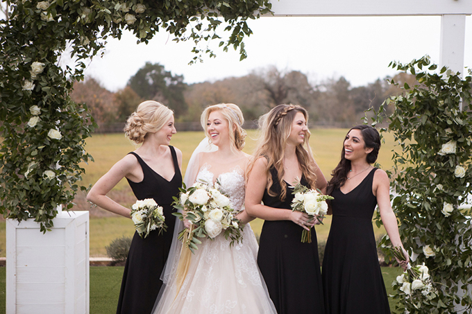 timeless farmhouse wedding inspiration | JW Baugh Photography | Glamour & Grace-07
