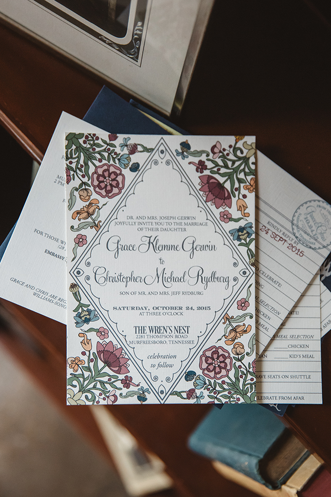 vintage fall barn wedding | Parker Young | Glamour & Grace-01
