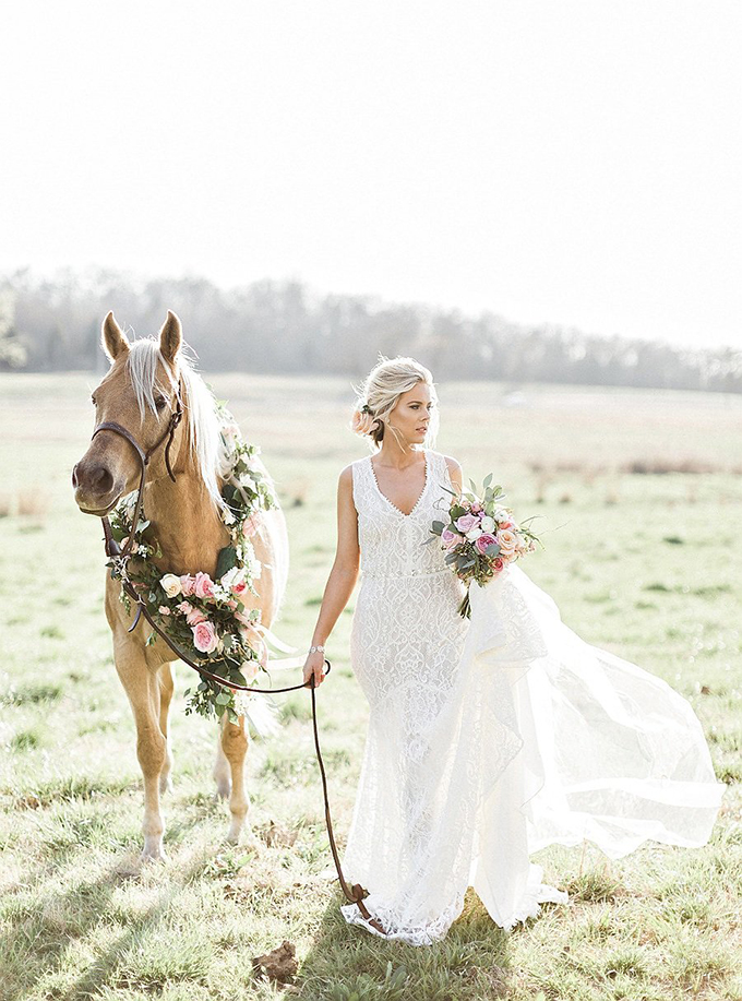 elegant Southern wedding inspiration | Tammy Odell Photography | Glamour & Grace-22