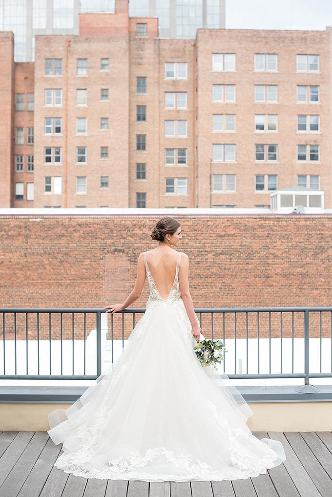 elegant blue and white wedding inspiration | Mikkel Paige Photography | Glamour & Grace-13