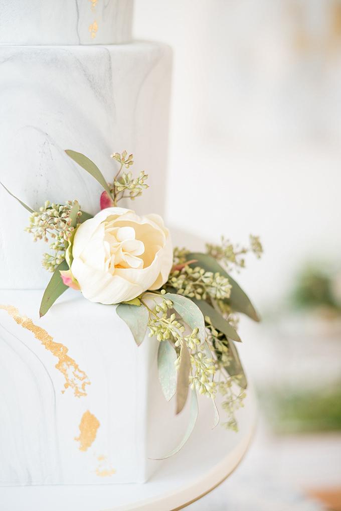 elegant blue and white wedding inspiration | Mikkel Paige Photography | Glamour & Grace-22