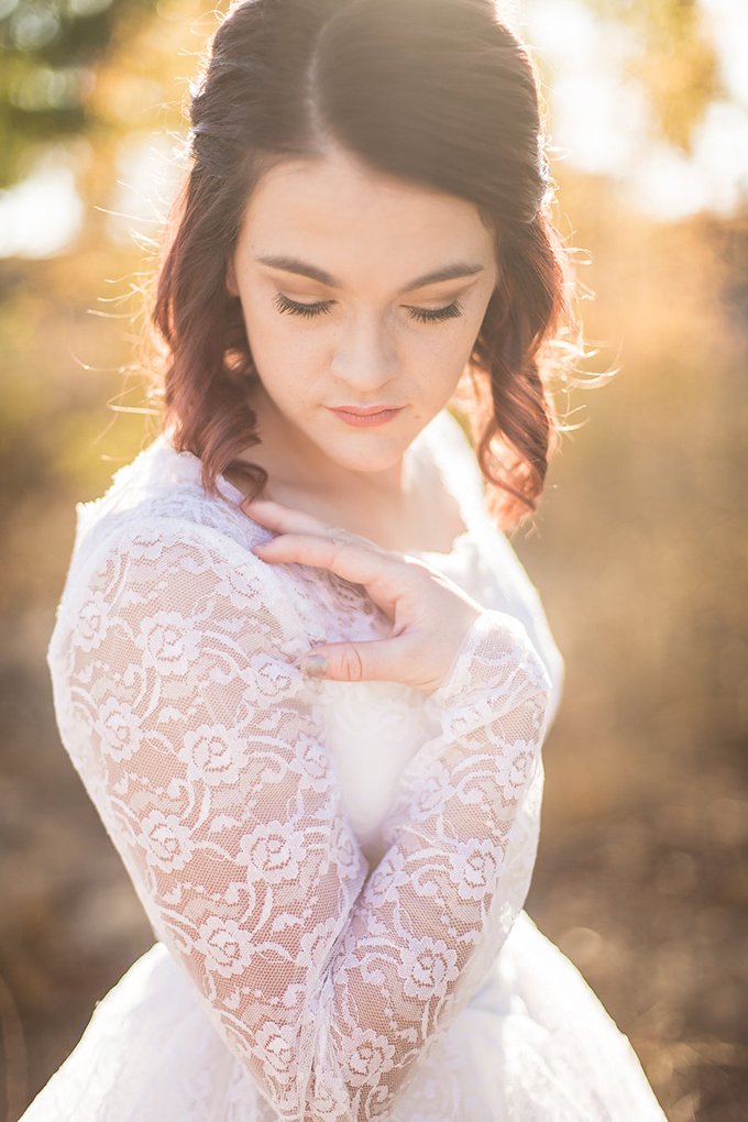 heirloom wedding dress bridal portraits | Archer Inspired Photography | Glamour & Grace-02