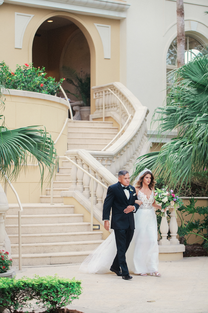 romantic elegant Florida wedding | Binary Flips | Glamour & Grace-15